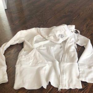 Lulu long white hoodie (zipper tricky)